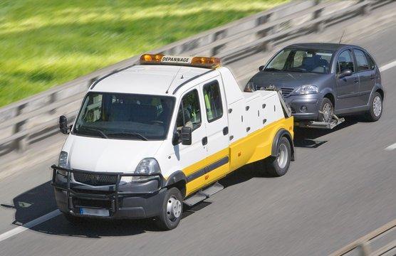 Contrôle technique DEKRA Montpellier - Dépanneuse ou véhicule de dépannage.